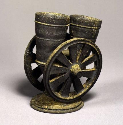 Chariot wheel-shaped vessel, pottery.