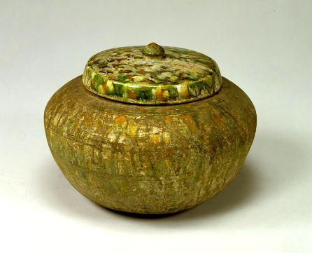 Jar with cover, three-color glaze.
